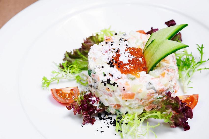 картинки салат оливье в ресторане гуманистической психологии